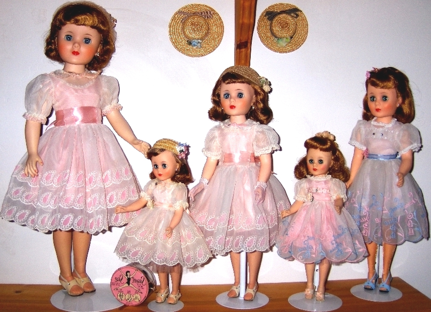 dollclothes.jpg